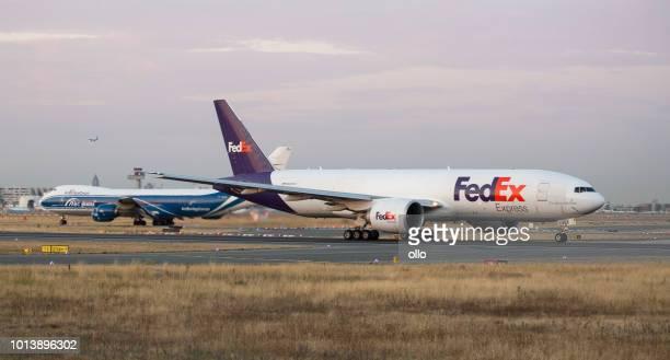 Boeing 777F von FedEx hebt ab