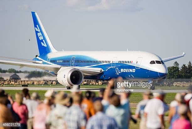 boeing 787 dreamliner - boeing stock pictures, royalty-free photos & images