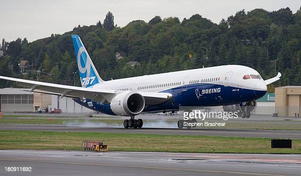 Boeing 7879 Dreamliner lands after its first flight September 17 2013 at Boeing Field in Seattle Washington The 7879 is twenty feet longer than the...