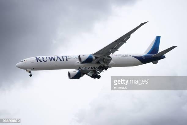 Boeing B777-369(ER) Kuwait Airways 9K-AOK