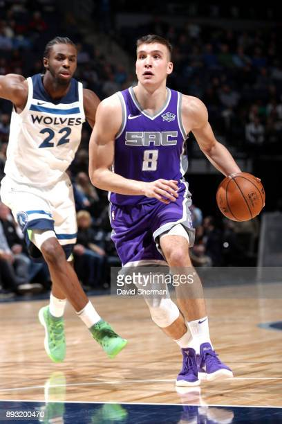 Bogdan Bogdanovic of the Sacramento Kings drives to the basket against the Minnesota Timberwolves on December 14 2017 at Target Center in Minneapolis...