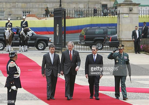 Colombian Defence Minister Juan Manuel Santos , US President George W. Bush , Colombian President Alvaro Uribe and General Juan David Barragan...