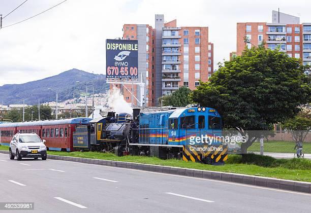 Bogota, Kolumbien – Der Touristenzug Dampflokomotive in trouble