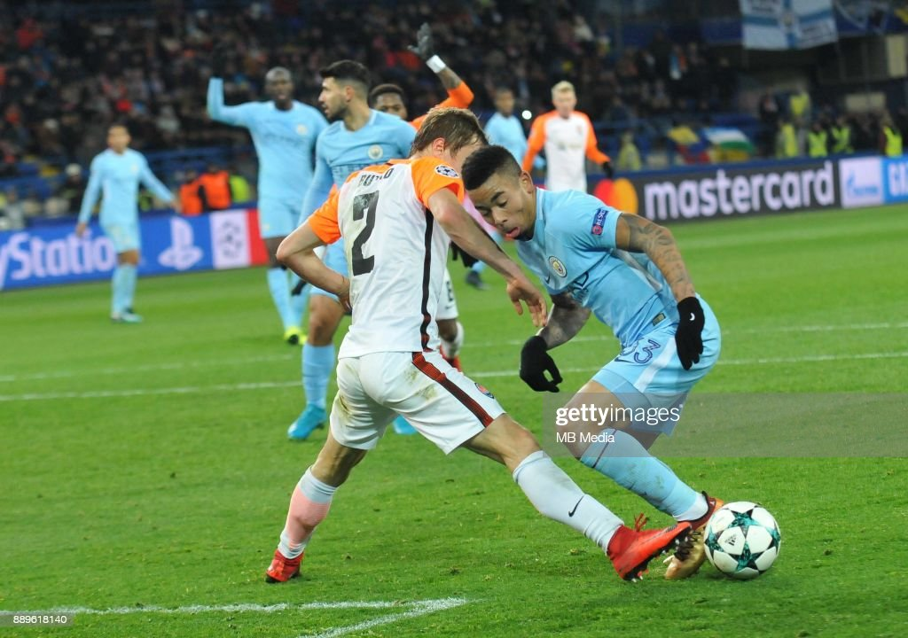 Bohdan Butko(L) and Gabriel Jesus (R) during the UEFA Champions League group F match between Shakhtar Donetsk and Manchester City at Metalist Stadium on December 6, 2017 in Kharkov, Ukraine