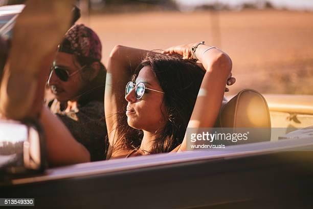 Estilo Boho estilo adolescente amantes ofrece un viaje de verano.