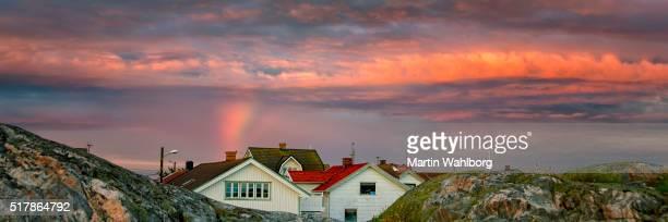 ボーヒュースレーン島の村の夕日