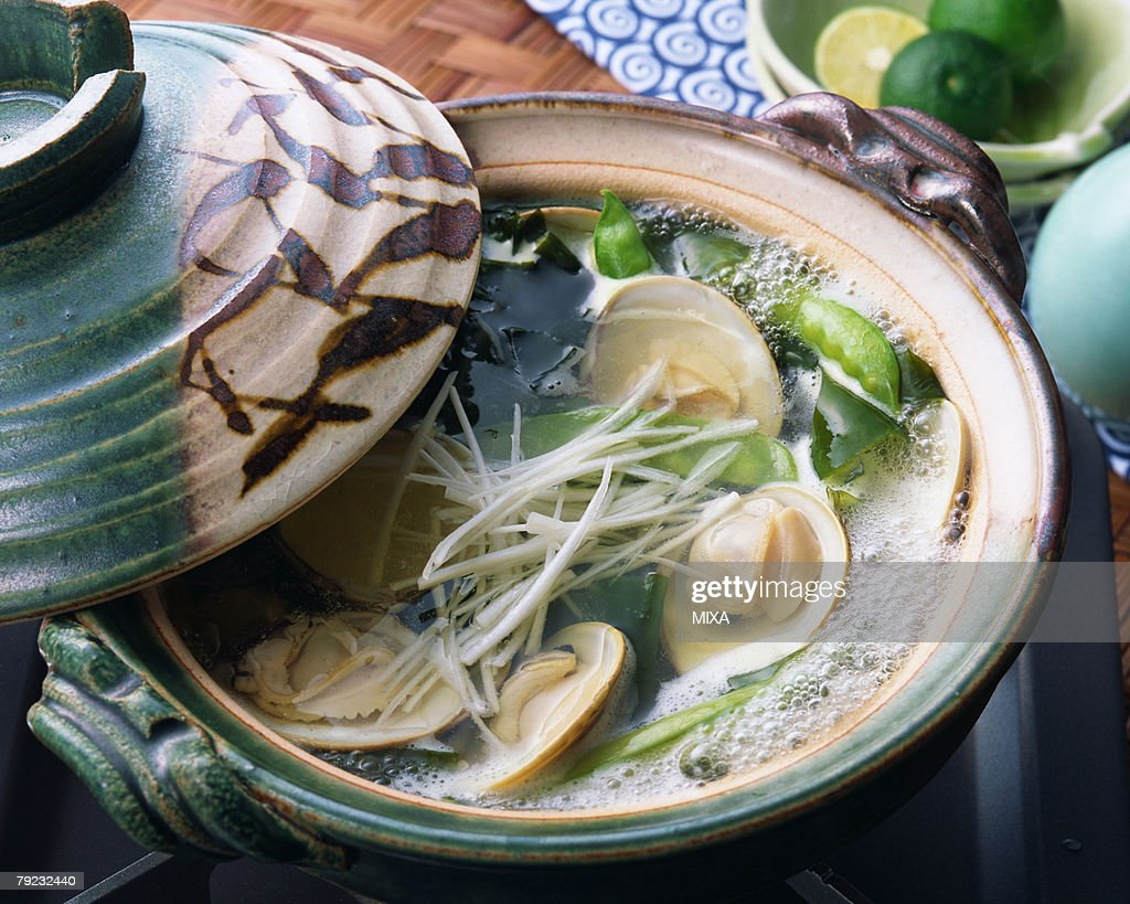 Boiled clam in pot : Stock Photo