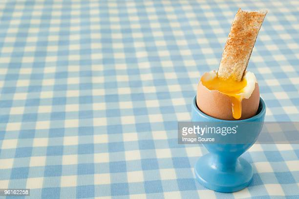 boiled egg and toast - hard boiled eggs stock pictures, royalty-free photos & images