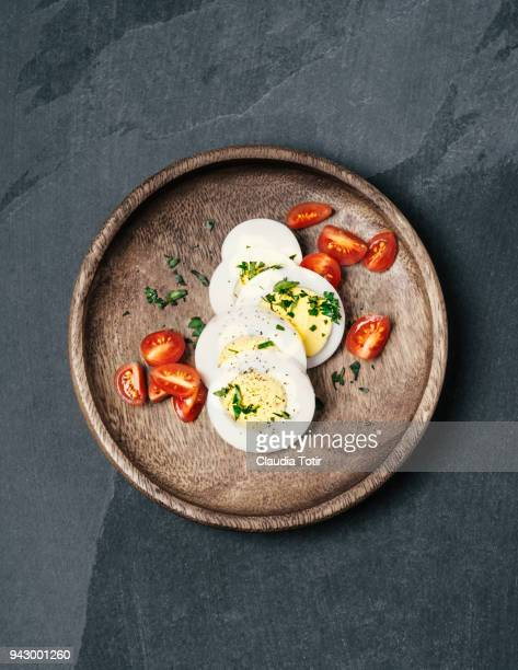 boiled egg - hard boiled eggs stock pictures, royalty-free photos & images