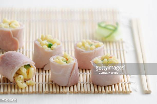 boiled ham and shell pasta makis - carnet stock photos and pictures