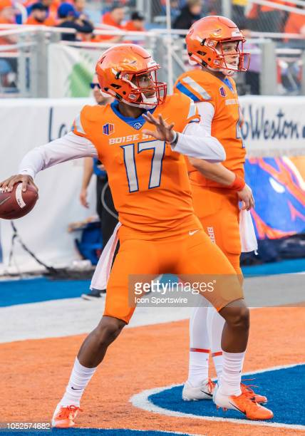 Boise State Broncos quarterback Zach Matlock warms up before the game between the Colorado State Rams and the Boise State Broncos on Friday October...