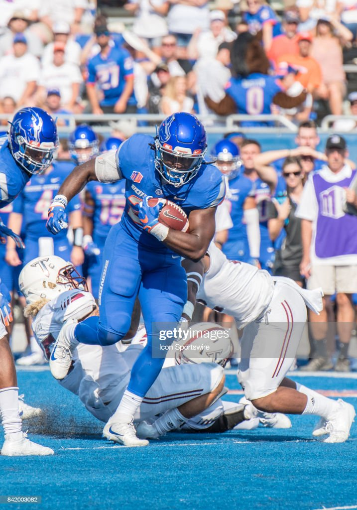 COLLEGE FOOTBALL: SEP 02 Troy at Boise State : News Photo