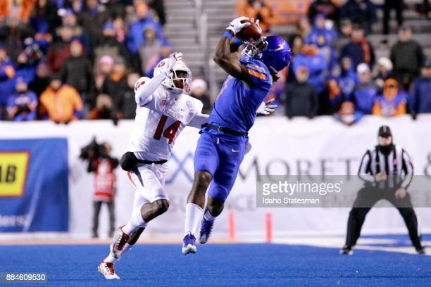 Boise State wide receiver AJ Richardson makes a first half catch against Fresno State in the Mountain West championship at Albertsons Stadium on Dec...