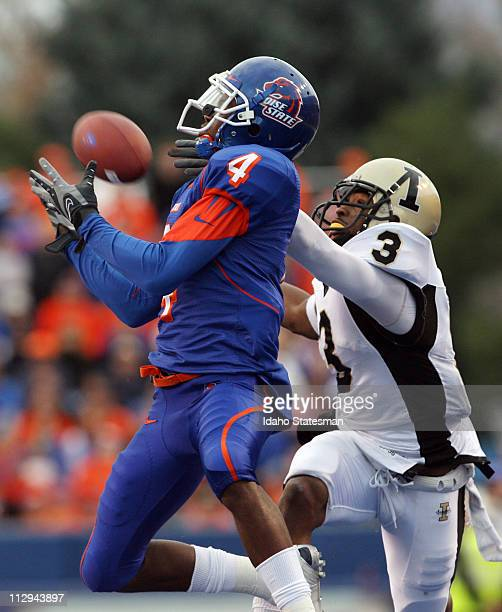 Boise State wide receiver Titus Young makes a touchdown reception against Idaho defensive back Breyon Williams on Saturday November 17 at Bronco...