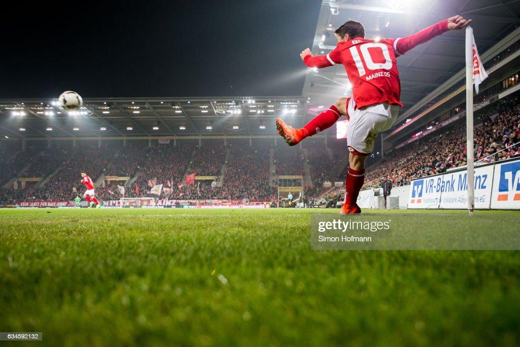 1. FSV Mainz 05 v FC Augsburg - Bundesliga : News Photo