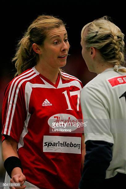 Bojana Petrovic keeper Cecilie Leganger Slagelse