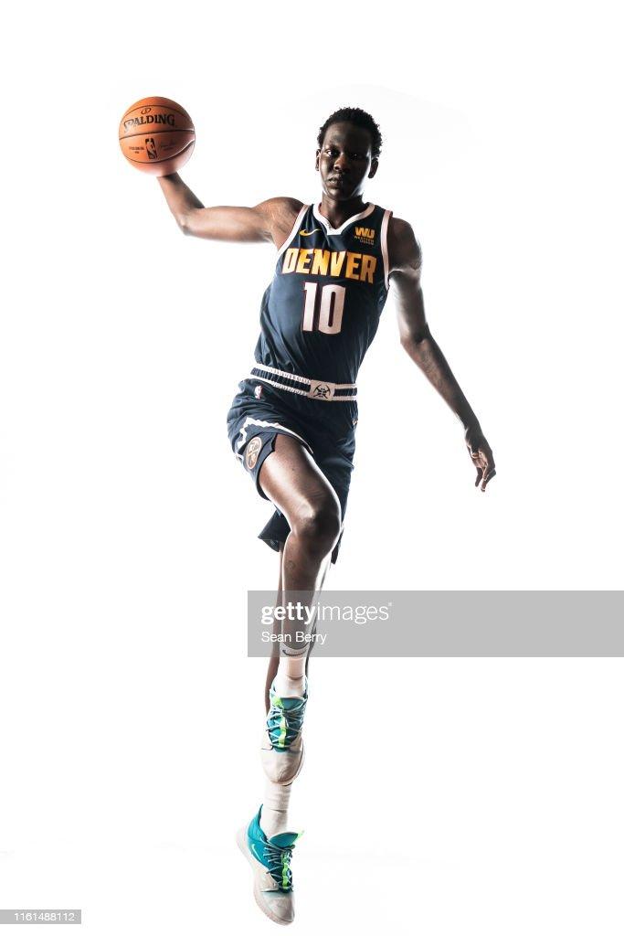 2019 NBA Rookie Photo Shoot : News Photo