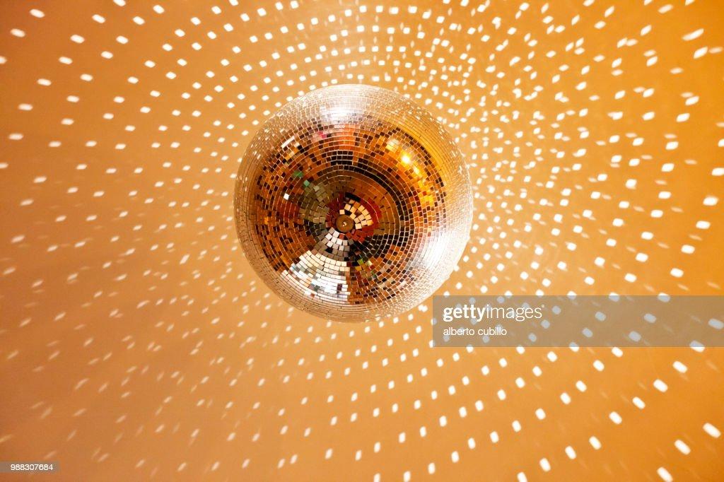 Bola de discoteca 02 : Stock Photo