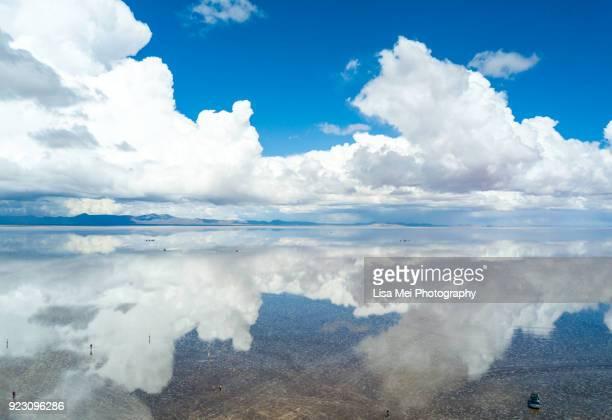 bolivia salt flat - salar de uyuni - salt flat stock pictures, royalty-free photos & images