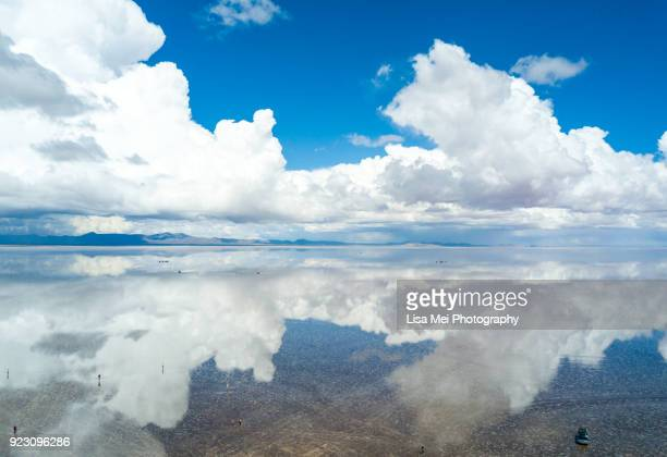 bolivia salt flat - salar de uyuni - ウユニ塩湖 ストックフォトと画像
