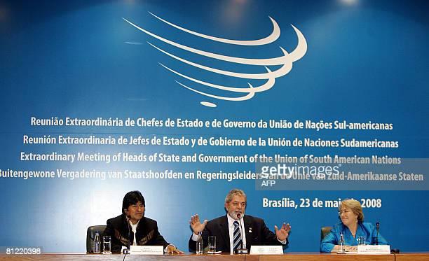 Bolivian President Evo Morales, Brazilian President Luiz Inacio Lula da Silva and Chilean President Michelle Bachelet offer a joint press conference...