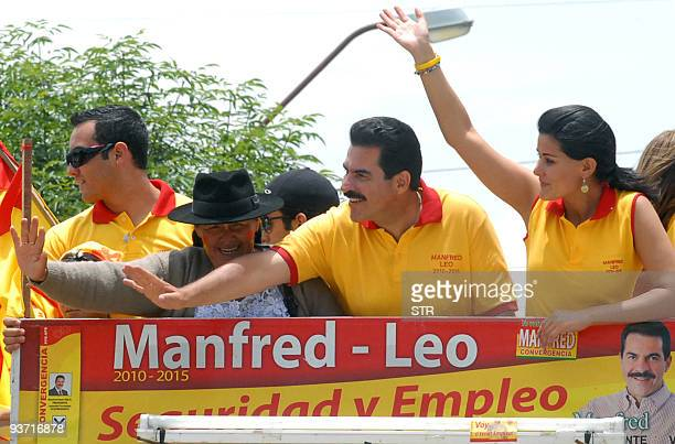Bolivian presidential candidate Manfred Reyes Villa, of the Plan Progreso para Bolivia party waves during a rally on November 29, 2009 in Cochabamba....