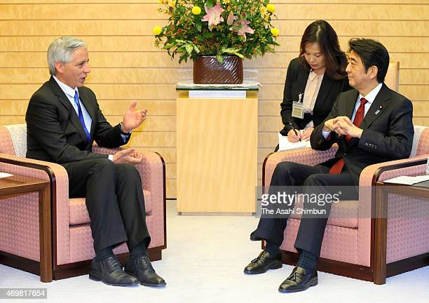 Bolivian Vice President Alvaro Garcia Linera and Japanese Prime Minister Shinzo Abe talk during their meeting at Abe's official residence on April 13...