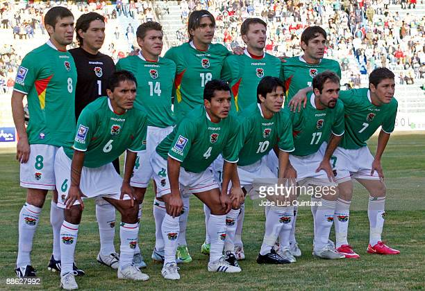 Bolivia's team before the match against Venezuela valid for the FIFA World Cup 2010 Qualifier at Hernan Siles Stadium on June 6 2009 in La Paz Bolivia