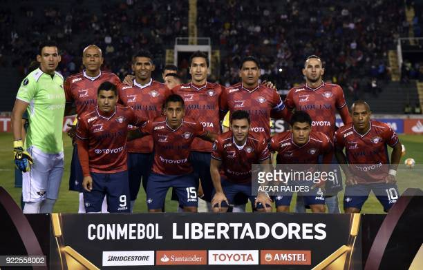 Bolivia's Wilstermann players pose before their Copa Libertadores football match against Brazil's Vasco Da Gama at the Patria Stadium in Sucre...