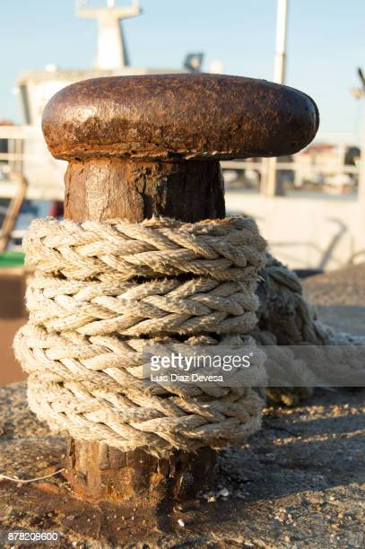 bollar and rope