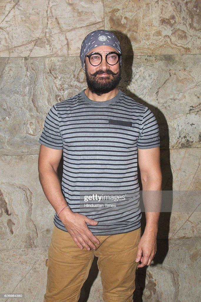 Aamir Khan Hosts Screening Of Making Of Film Dangal : Fotografía de noticias