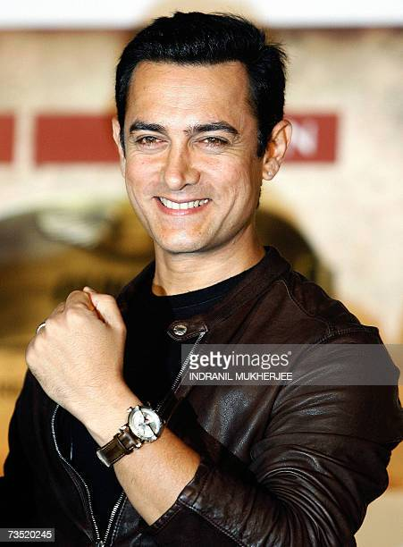 Bollywood actor Aamir Khan launches the 'Titan Aviator' series of wrist watches in Mumbai 08 March 2007 The Aviator series from the stable of India's...