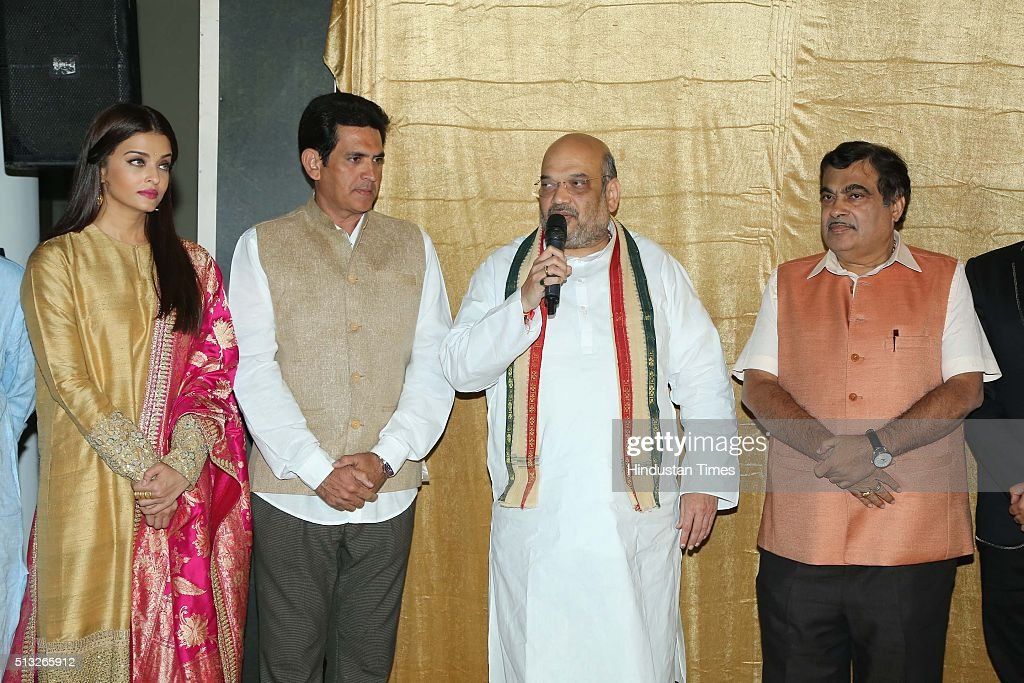 Bollywood actor Aishwarya Rai Bachchan and director Omung Kumar with BJP President Amit Shah and Union Transport Minister Nitin Gadkari during a...