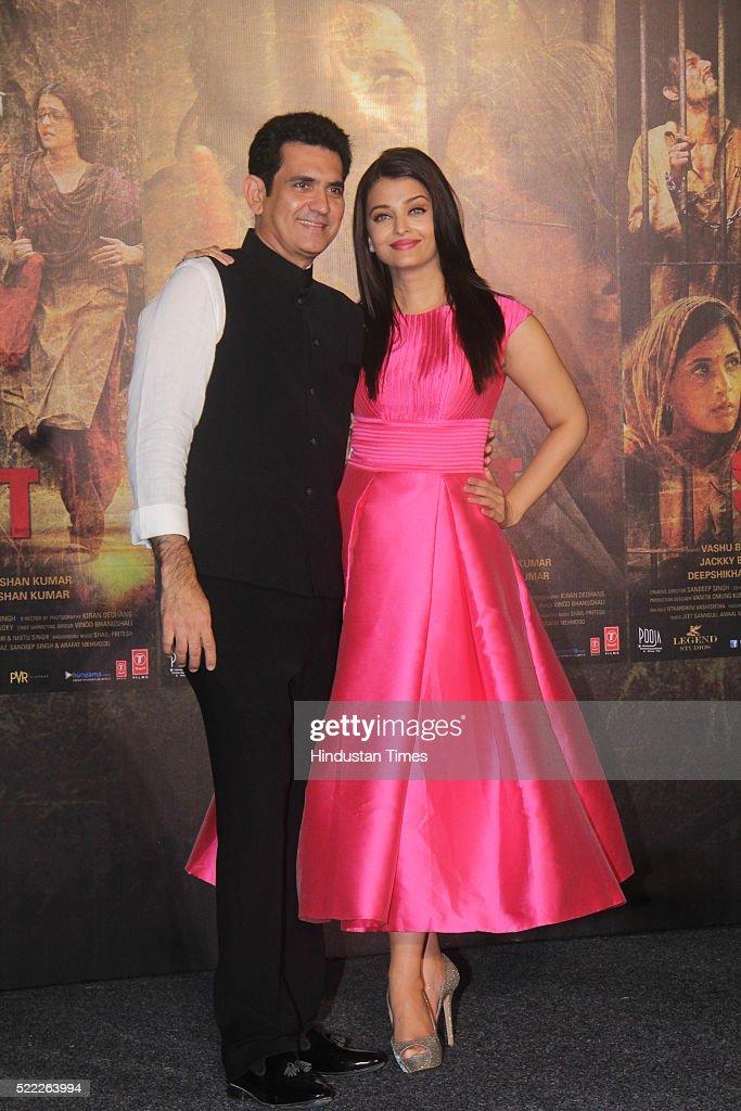 Bollywood actor Aishwarya Rai Bachchan and filmmaker Omung Kumar during the trailer launch of upcoming Bollywood movie Sarbjit at Fun Republic...