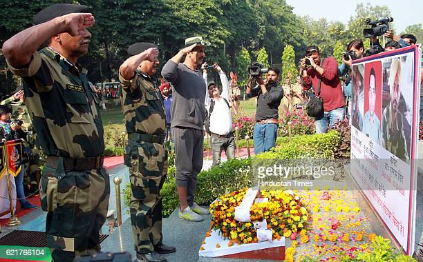 Bollywood actor Akashay Kumar pay tributes to the BSF soldiers who lost their lives in cross border firing with Pakistan at BSF Headquarter on...