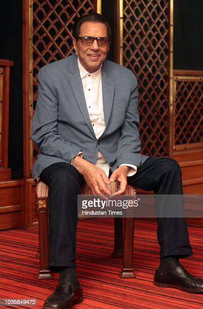 Bollywood actor Dharmendra poses during an exclusive interview with HT CityHindustan Times for the promotion of upcoming movie Yamla Pagla Deewana 2...