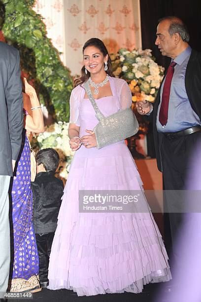 Bollywood actor Esha Deol during the wedding reception of her sister Ahana Deol and Vaibhav Vohra on February 5 2014 in New Delhi India Ahana a...