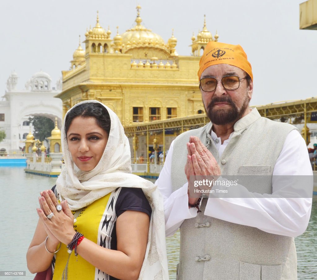 Bollywood actor Kabir Bedi along with his wife parveen Dusanj paying obeisance at Golden Temple on April 27 2018 in Amritsar India