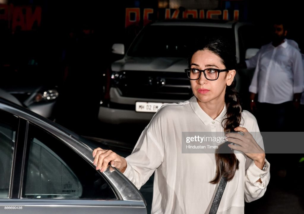 Bollywood actor Karisma Kapoor during the prayer meeting in loving memory of Ram Mukherjee at ISCON Juhu on October 25 2017 in Mumbai India Ram...