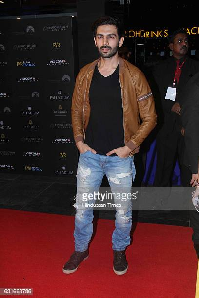 Bollywood actor Kartik Aaryan at the red carpet of premier of 'xXx Return of Xander Cage' movie on January 12 2017 in Mumbai India 'xXx Return of...