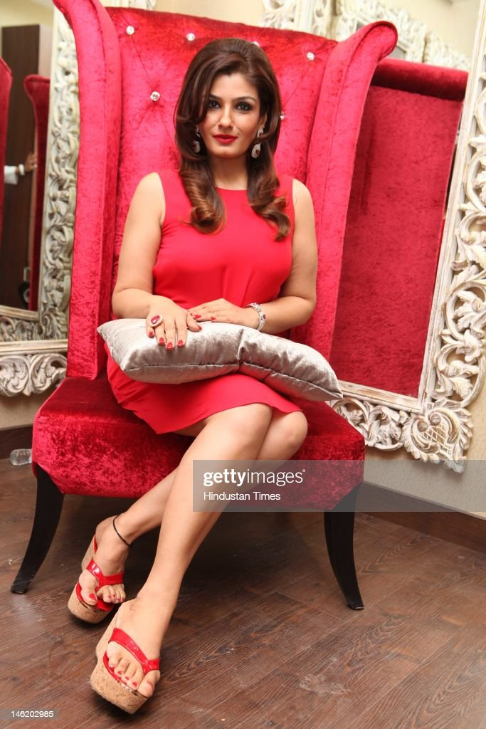 Launch Party Of Celebrity Make-Up Artist Meenakshi Dutt's Salon : News Photo