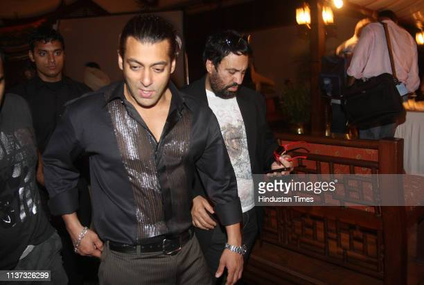NEW DELHI INDIA INDIA NOVEMBER 18 2008 Bollywood actor Salman Khan during the promotion of his forthcoming film 'Yuvvraaj' on November 18 2008 in New...