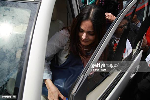 COURT JODHPUR RAJASTHAN INDIA Bollywood actor Salman Khan's sister Alvira khan agnihotri come out from High court after Salman Khan acquitted in...