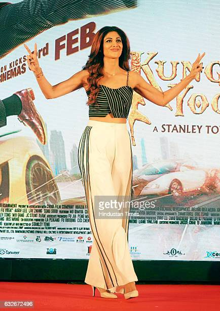 Bollywood actor Shilpa Shetty during the party by Hollywood actor Jackie Chan at JW Marriot on January 23 2017 in Mumbai India Jackie Chan is in...