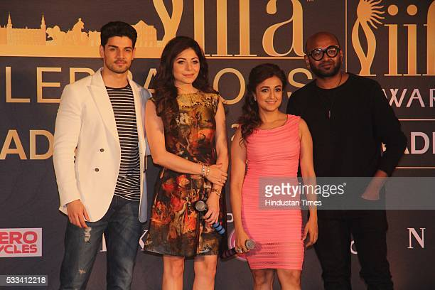 Bollywood actor Sooraj Pancholi with singers Kanika Kapoor Monali Thakur and Benny Dayal during the press conference of 16th International Indian...