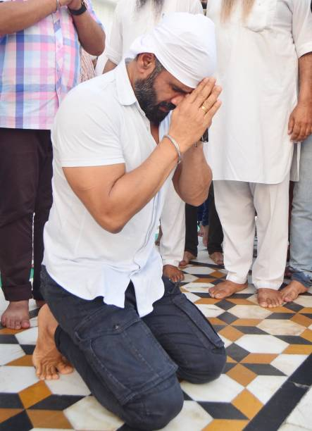 Bollywood actor Suniel Shetty on his birthday paying obeisance at Golden Temple on August 11 2017 in Amritsar India