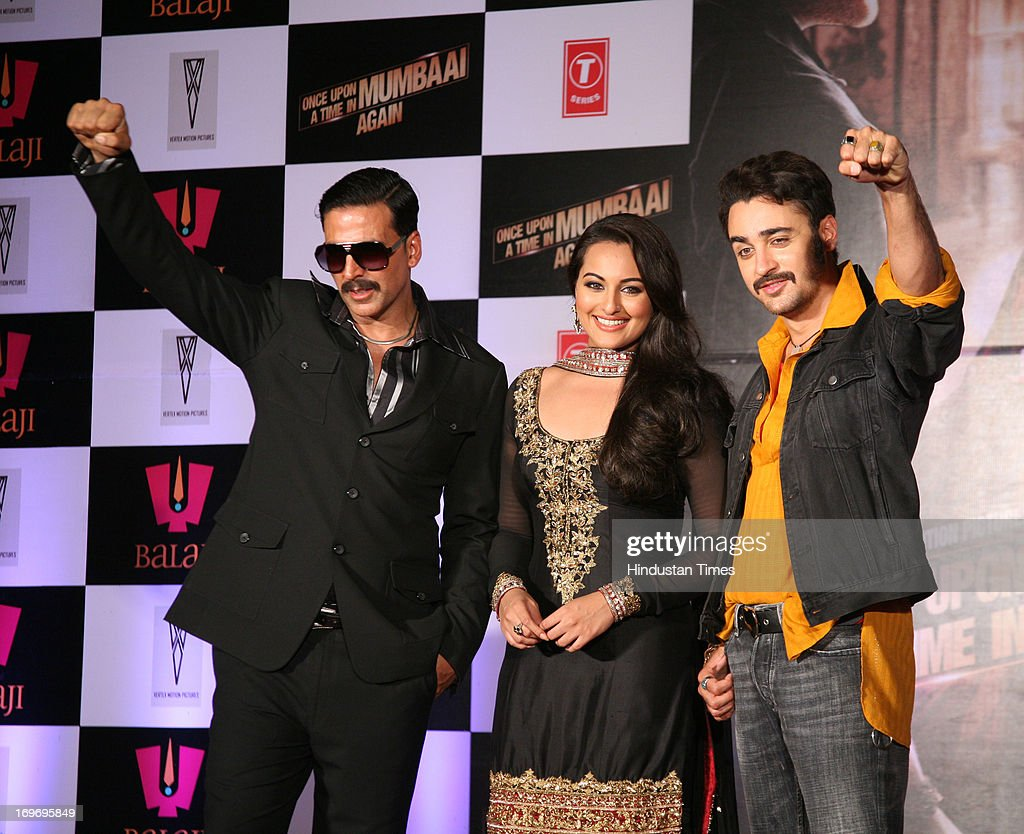 Bollywood actors Akshay Kumar Sonakshi Sinha and Imran Khan during the first look of upcoming film Once Upon A Time In Mumbaai Again at Film City on..
