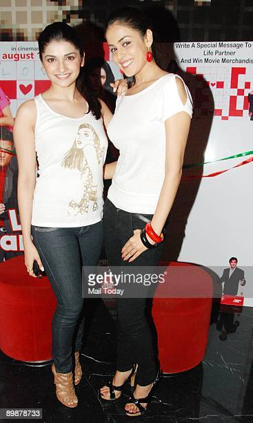 Bollywood actors Genelia D'Souza and Prachi Desai at a press meet for their film Life Partner in Mumbai on Momday August 17 2009