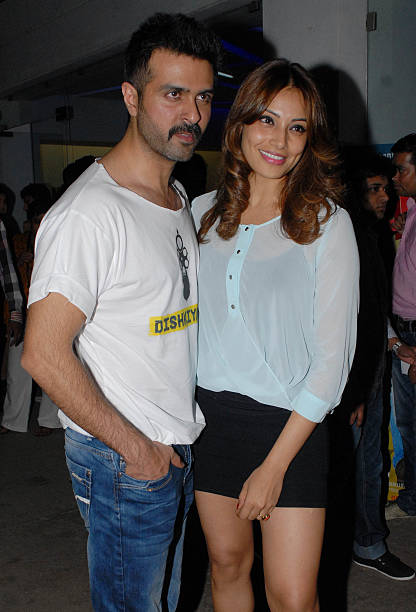 Bollywood actors Harman Baweja and Bipasha Basu during the special screening of the movie O Teri on March 25 2014 in Mumbai India The movie is an...
