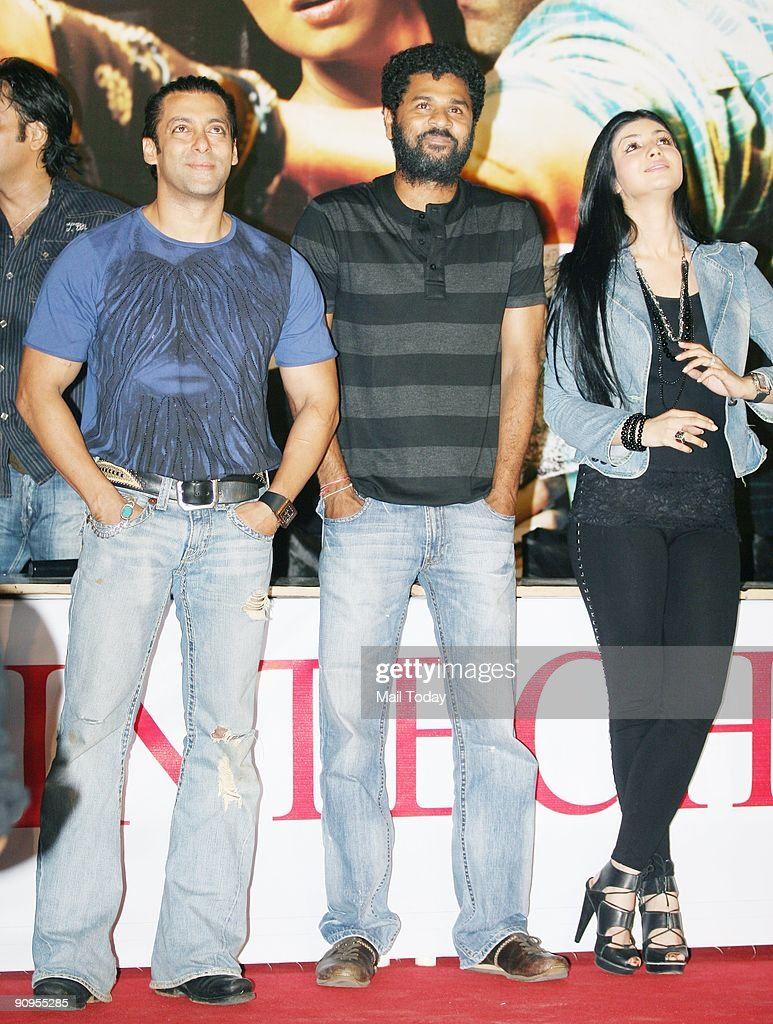 Bollywood actors Salman Khan Ayesha Takia and director Prabhu Deva pose during a promotional event for their upcoming movie `Wanted` in Mumbai on...